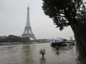 2016-06-05 quais de Seine (inondés)
